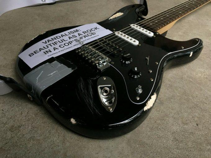 khristore angers france Kurt Cobain guitar Vandalism Strat SQUIER Heavy Relic ROAD WORN replica