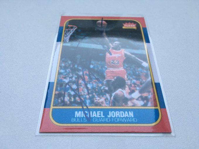 1986 MICHAEL JORDAN FLEER Card Signed PRINTED autograph NBA Basketball Chicago Bulls auction khristore france