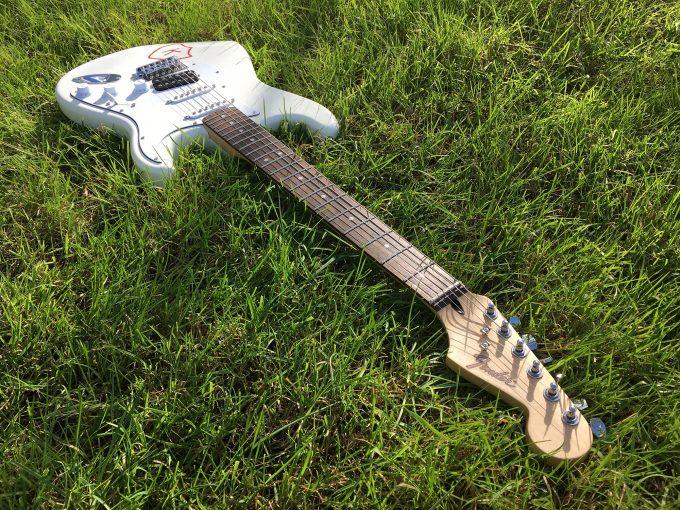 Kurt Cobain K Records Strat NIRVANA Squier Stratocaster guitar Grunge Punk Rock khristore france