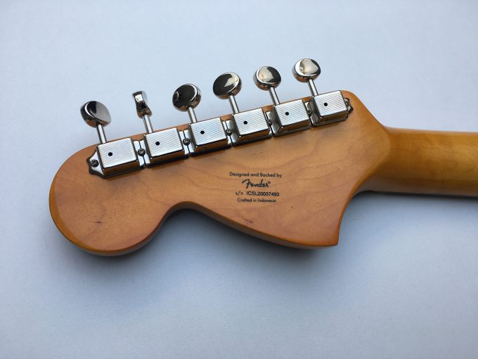 Kurt Cobain Fender Squier Classic vibe Mustang 69 Competition Smells like Teen Spirit khristore
