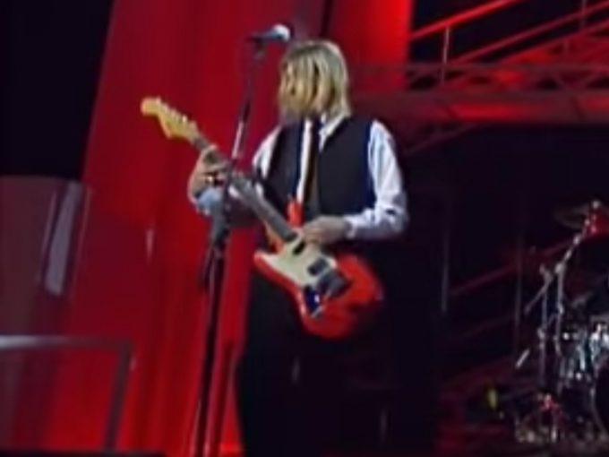 Kurt-Cobain-Fender-Red-Mustang-NPA-Nulle-Part-Ailleurs-Squier-guitar-relic-Nirvana-khristore